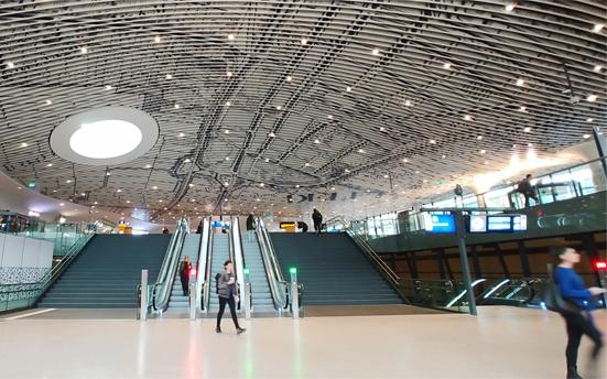 オランダ・デルフト駅